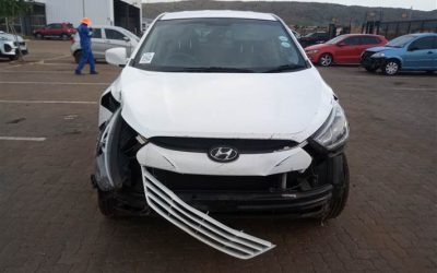 2014 HYUNDAI iX35 2.0 Stripping For Spares
